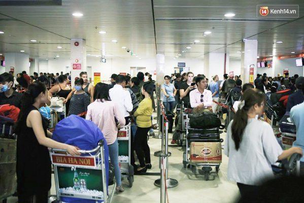 khu vực công cộng của sân bay