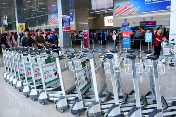 Quảng cáo xe đẩy hành lý sân bay