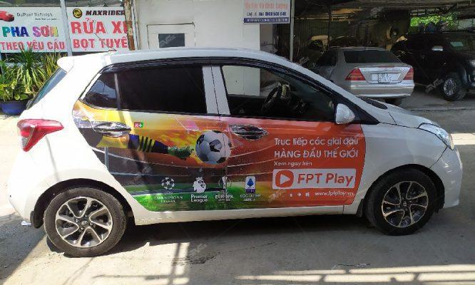 ưu điểm khi quảng cáo trên xe ô tô